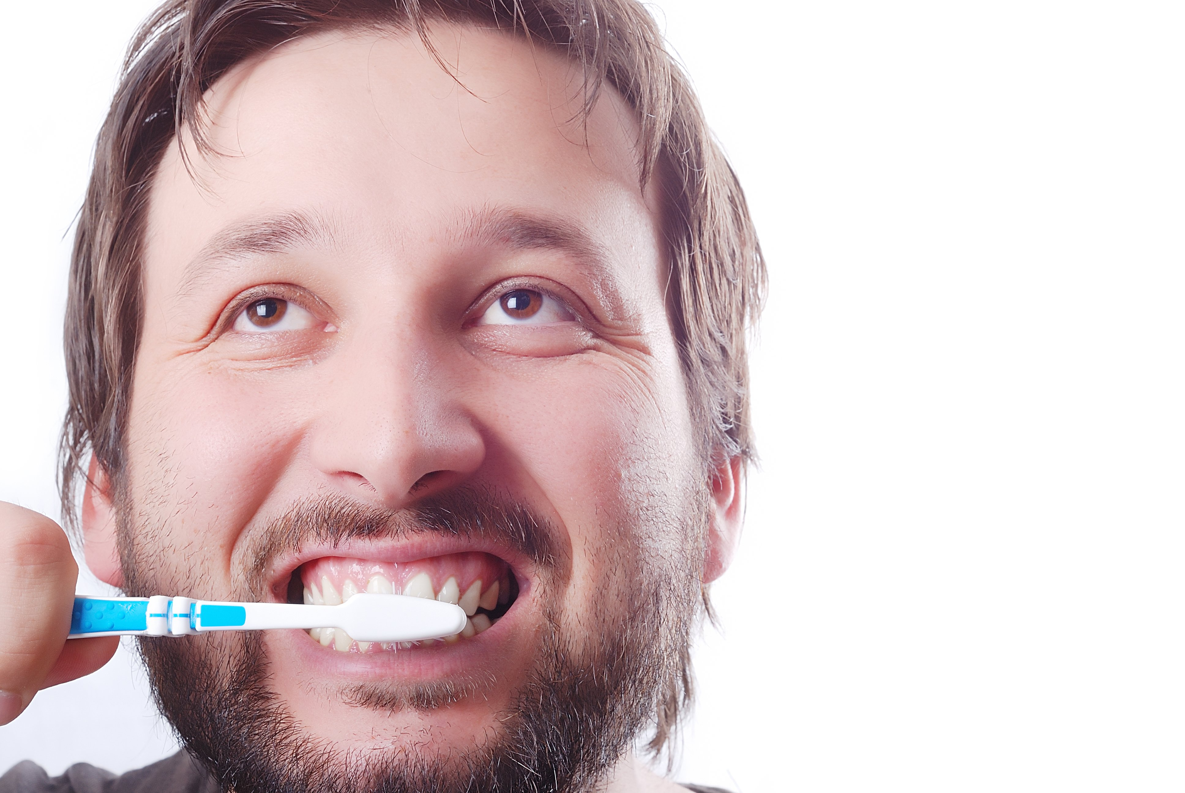 Ask The Dentist: What Kind Of Toothbrush Is Best For My Teeth?